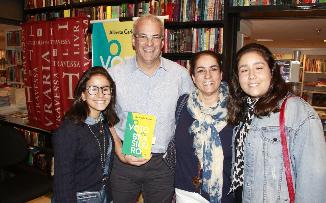 Alberto Almeida lançou O Voto do Brasileiro