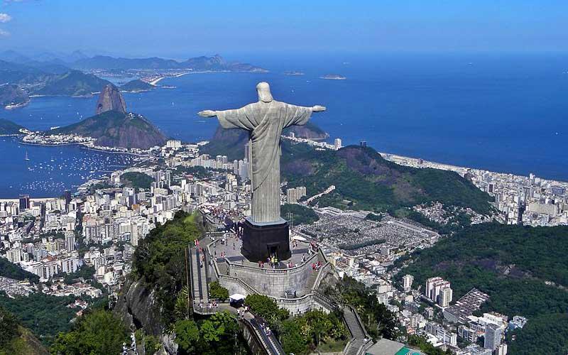 Cristo Redentor é uma estátua art déco que retrata Jesus Cristo