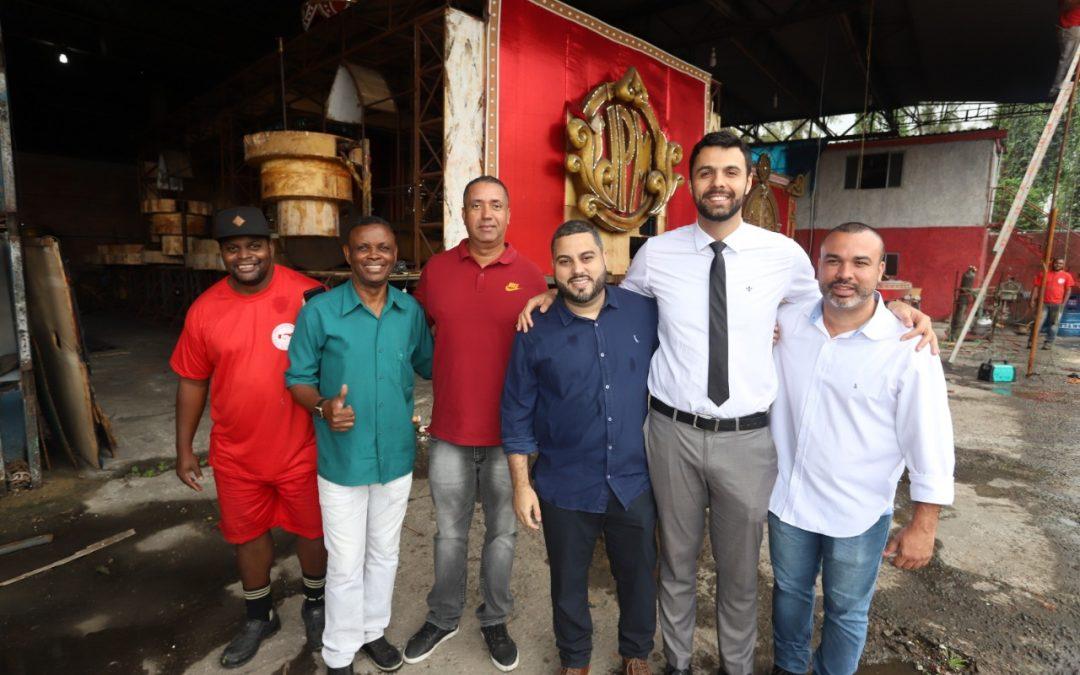 Ruan Lira visita barracões da Série A do Carnaval Carioca