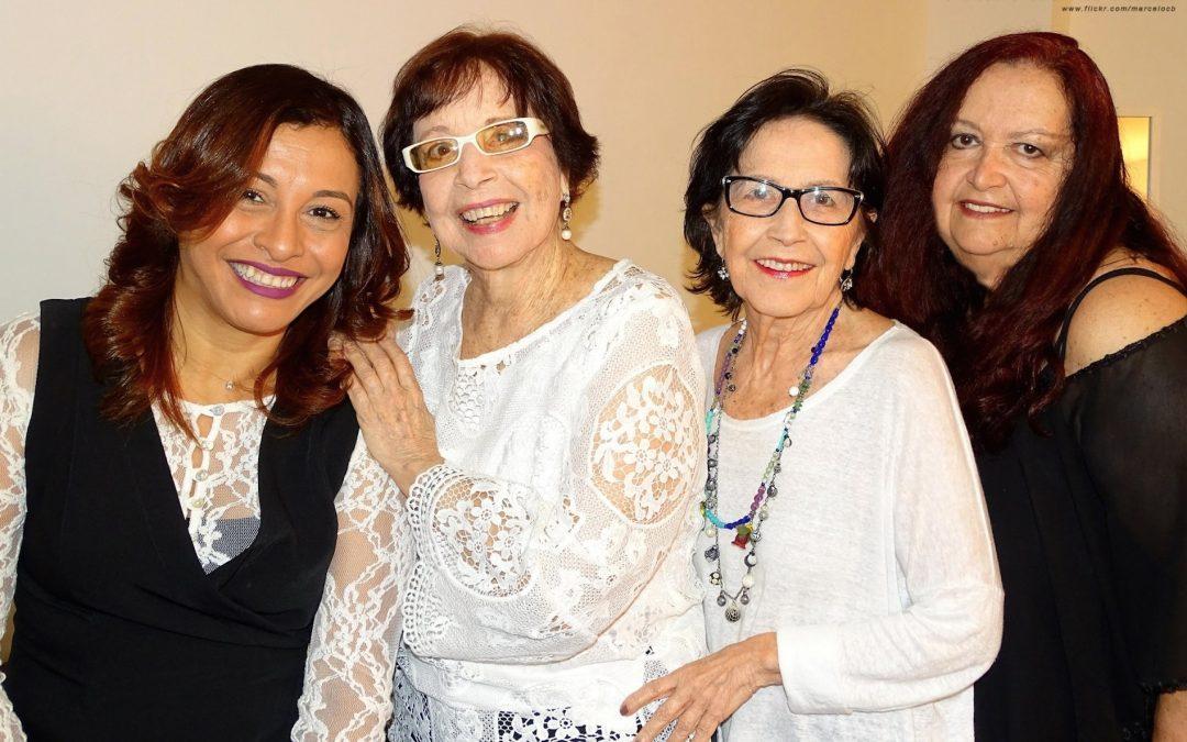 """Quarteto em Cy Com o  alegre show """"Samba em Cy"""" Participação de Jane Duboc"""