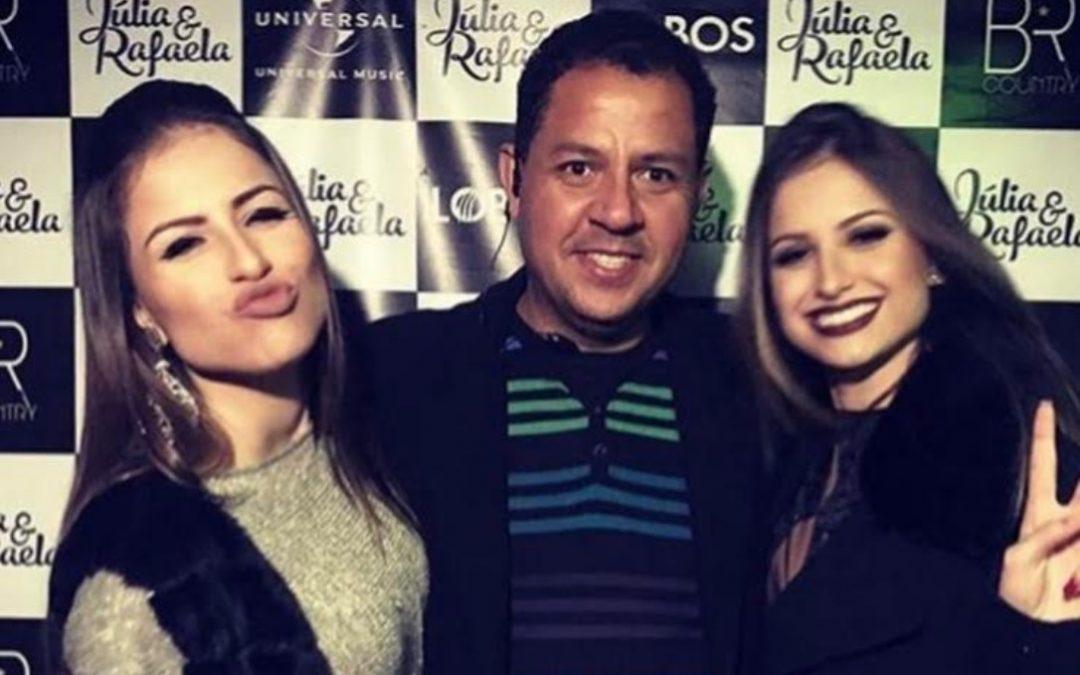 Junior Mendes entrevista dupla sertaneja Júlia & Rafaela