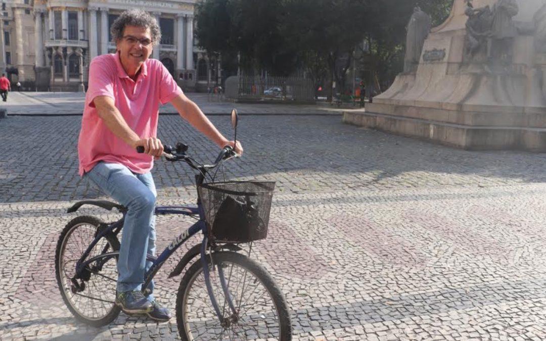 Roberto Anderson conversa com cicloativista Tiago Leitman