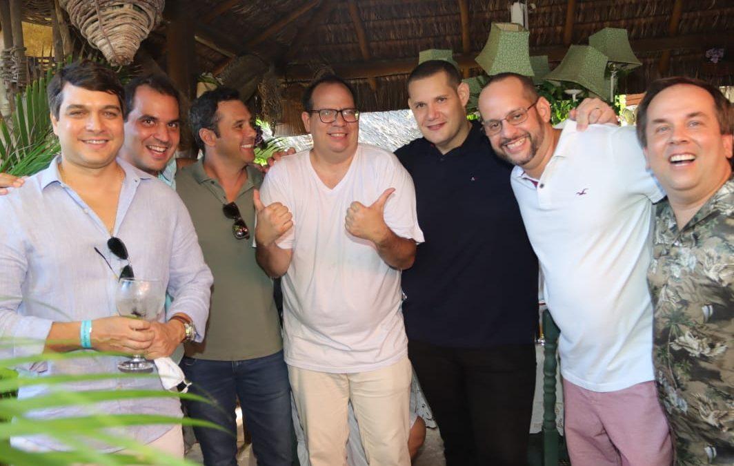 Fred Pontes comemora seu niver em Salvador com grande estilo